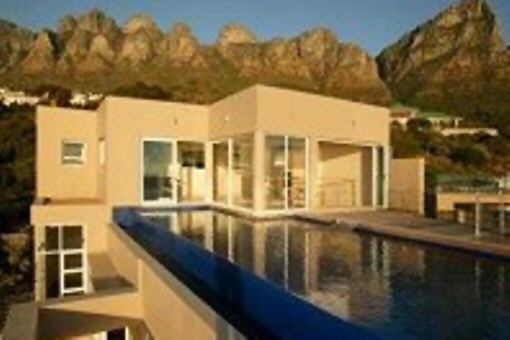 Wonderful penthouse near the lagoon in Clifton