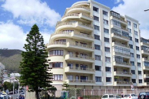 Apartment with sea view in Sea Point